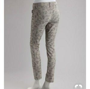 Vanilla star pants